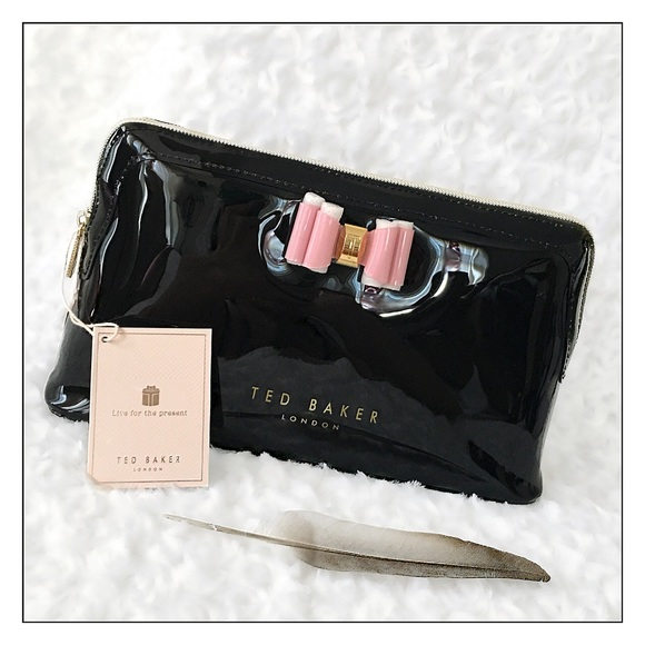 Ted Baker Womans Bow Tringle Make up Bag Toiletry Bag Size Small Black
